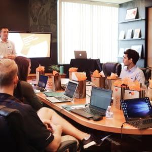 coaching de dirigeant, d'équipes, formation, management de transition, conseils RH, stratégie d'entreprise